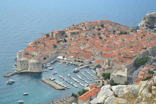 Hotel Ivka : Dubrovnik, vista de la ciudad donde NO está el hotel pero no hace falta