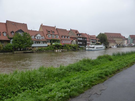 Barock Hotel am Dom: Little Venice area by the river