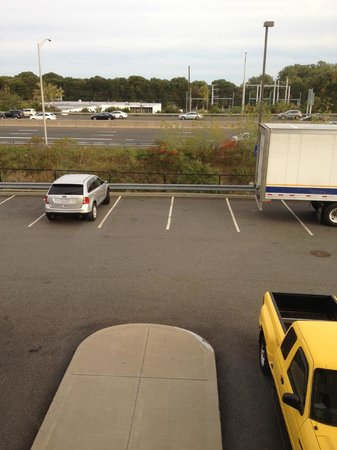Hampton Inn & Suites New Haven - South - West Haven : View from Room 228 -- I-95 and parking lot