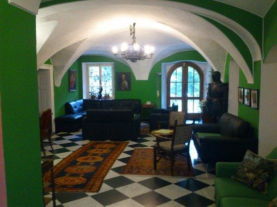 Hotel Garni Schloss St Georgen: reception
