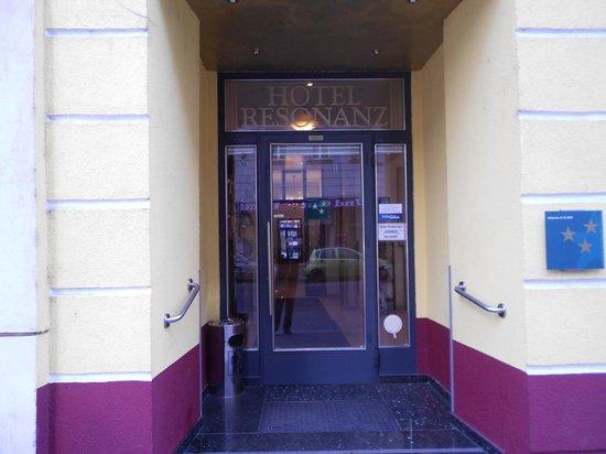 Hotel Resonanz Vienna: entrata hotel