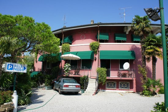 Hotel Villa Pagoda: отель