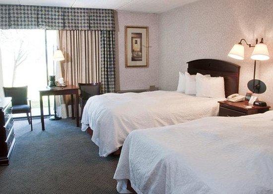 Baymont Inn & Suites Michigan City: Queen Room AINQuality Inn