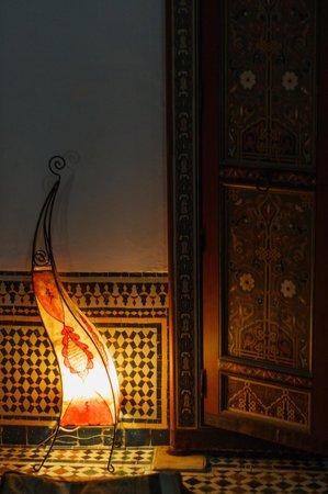 Dar Iman: shoot of the courtyard