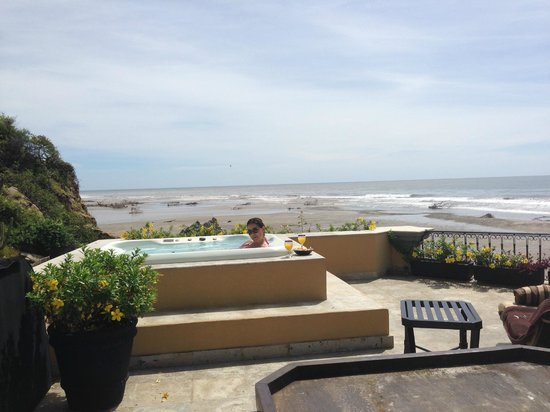 Villa Escondida: Jacuzi terraza alta