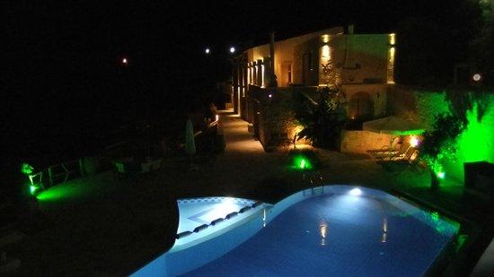 "Zouridi Villa Park : Zouribi villa ""by night"""