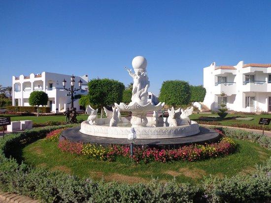 Dreams Vacation Resort: Gardens