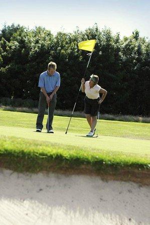 The Bourget Inn & Spa Resort: Enoy Golfing close at Bourget Inn & Spa