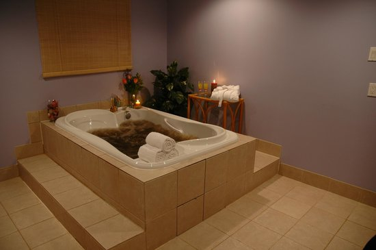 Private Jacuzzi tub in the Spa at Classy Country Bourget Inn & Spa