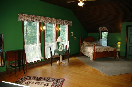 Rooms at Bourget Inn & Spa