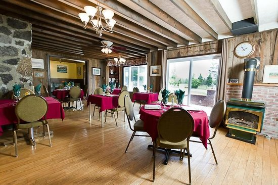 The Bourget Inn & Spa Resort: Dining at Classy Country Bourget Inn & Spa