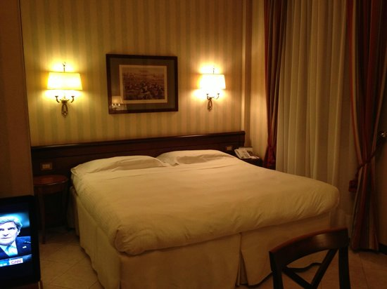 ATAHOTEL Linea Uno Residence: Room 224 - Comfortable bed