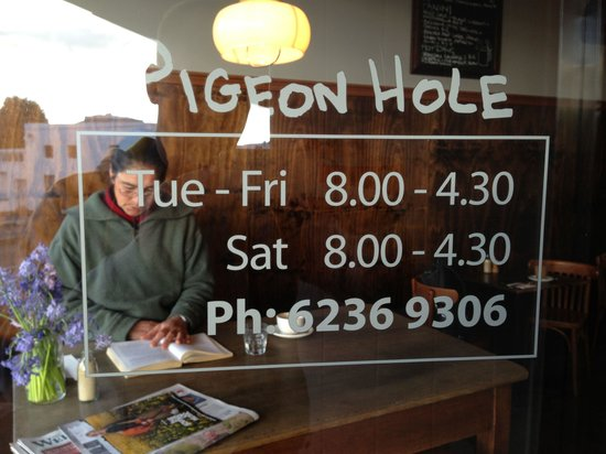 Pigeon Hole: Working hours