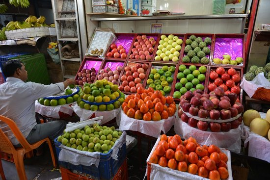 Crawford Market: Fruits