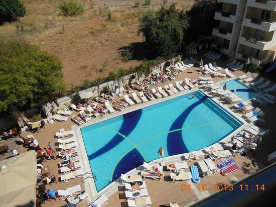 Prestige Hotel & Apart: Poolen
