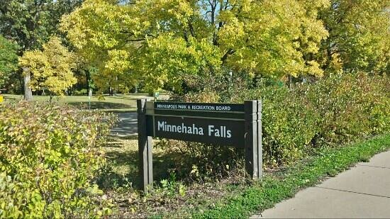 Minnehaha Park minnehaha falls sign - picture of minnehaha park, minneapolis