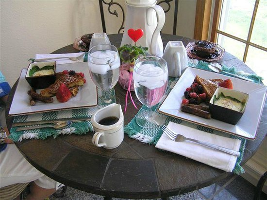 The Jewel of the Northwoods Bed & Breakfast
