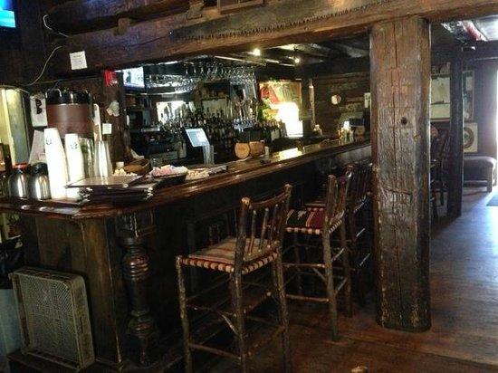 Kirkwood Inn & Saloon: A great bar