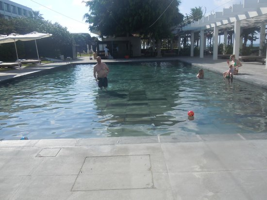 Almyra Hotel : Main pool