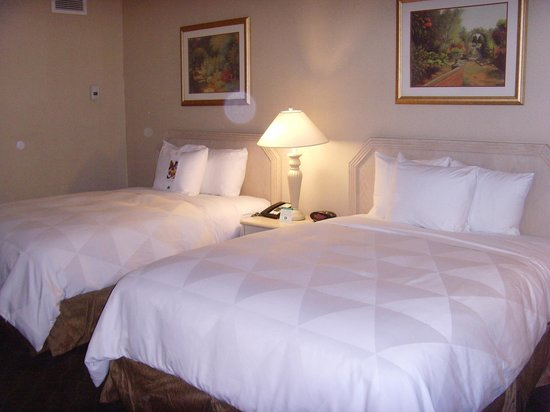 DoubleTree by Hilton Hotel Flagstaff: Two double beds
