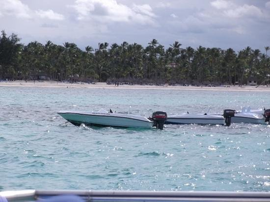 Ocean Adventures Bavaro Splash : Speeeeeeeedboats!!!