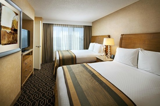 Doubletree Suites by Hilton Hotel Anaheim Resort - Convention  Center: Queen Queen Suites