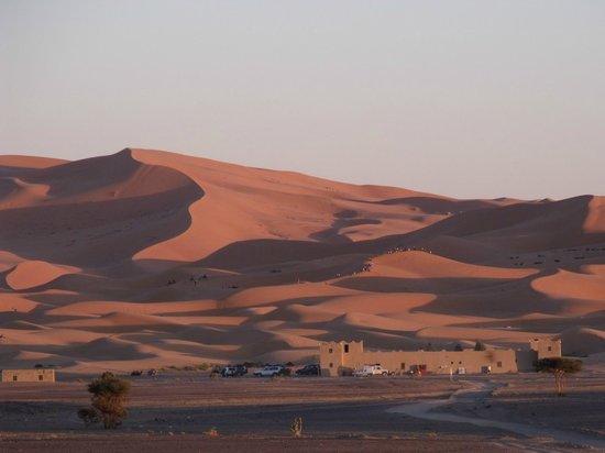 """Etoile des Dunes : vue sur les dunes à partir de l""""auberge"""