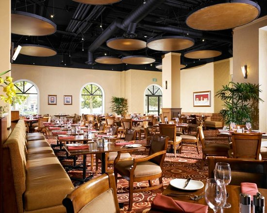 Doubletree Suites by Hilton Hotel Anaheim Resort - Convention  Center: Agio Ristorante - Serving breakfast, lunch & dinner daily