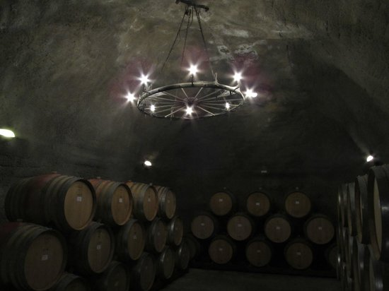 Gibbston Valley Wines: Wine cave