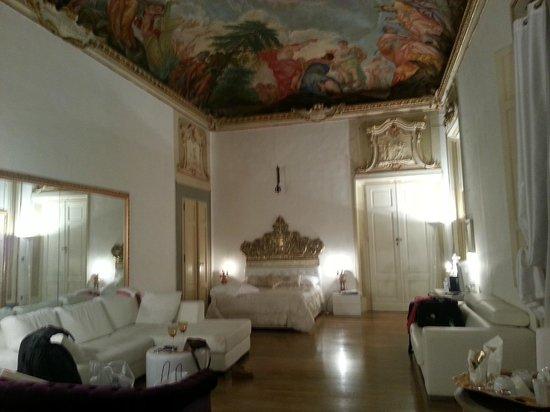 Palazzo Tolomei Residenza d'Epoca: Nuestra habitación