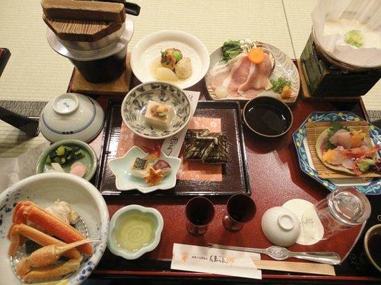 Kinkaku: 食事