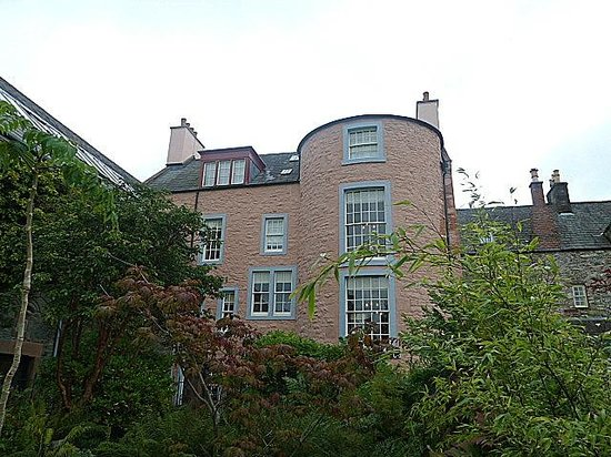 Broughton House & Garden: The back of Broughton House