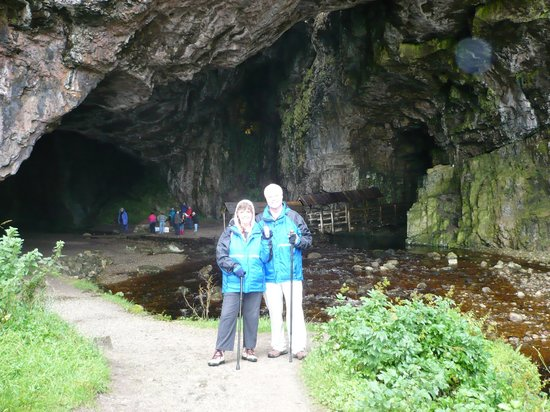 Smoo Cave: DruidsDream (geo nickname) at cave entrance