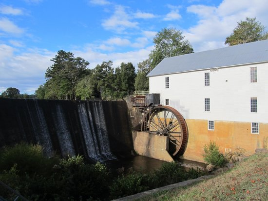 ‪Historic Murray's Mill‬