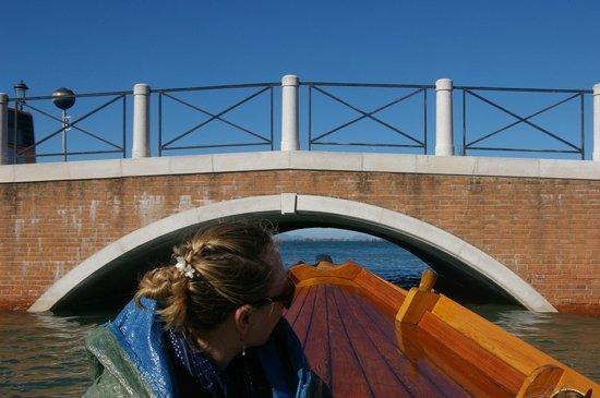 Il Bragozzo Local Boats Tours: Watch your head