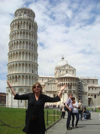 Pisa Wine & Walk Tour