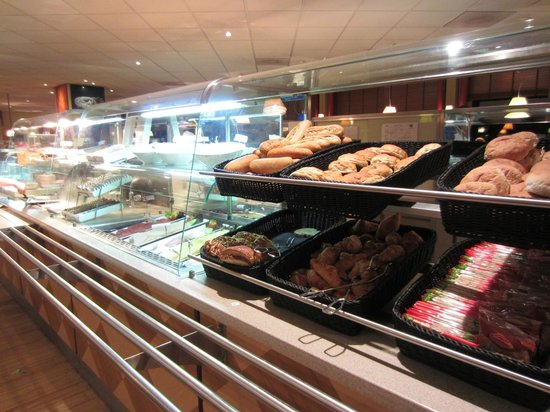 Badhoevedorp, The Netherlands: Buffet Breakfast