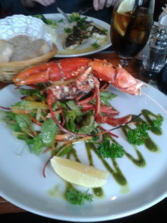 The Ship on the Shore: My lobster...very inviting;hubby attacked it with gusto!