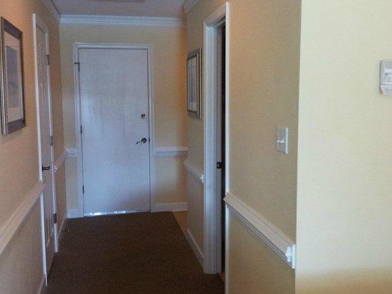 Kingsmill Resort: Entrance hallway