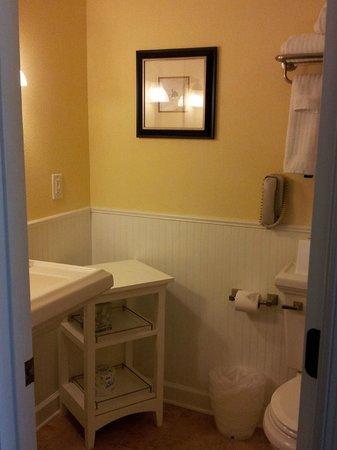 Kingsmill Resort: Bathroom