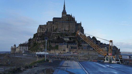 Tour Gabriel: 左端にある小さな塔です