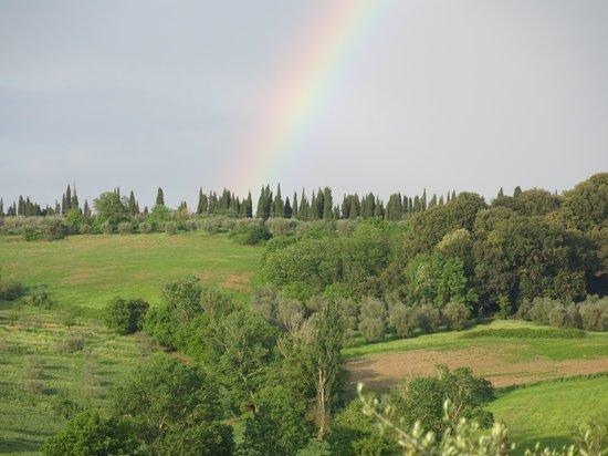 Fullino Nero : Tuscan rainbow vista