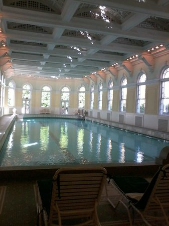 The Omni Homestead Resort : indoor heated pool