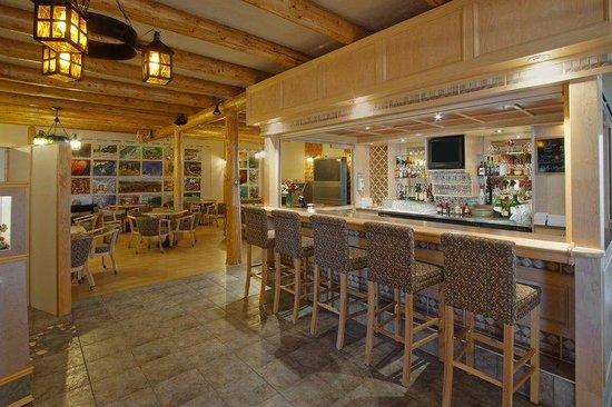 Quality Inn: Bar