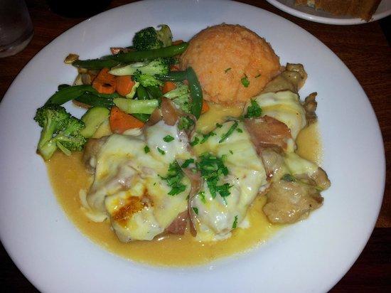 Spiazzo Ristorante : Veal Saltimbocca