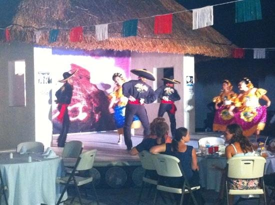 Sunscape Sabor Cozumel: Mexican night