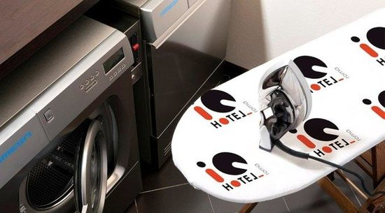 iQ Hotel Roma : Laundry Facilities