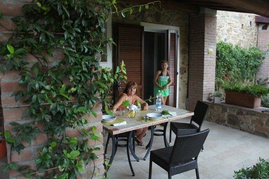 Agriturismo Serignano alle Rocchette : Porch