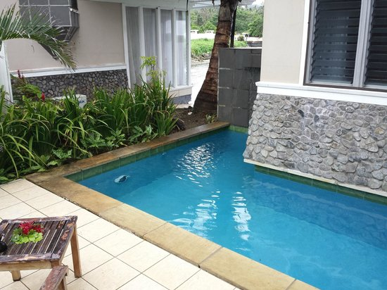 Koro Sun Resort and Rainforest Spa: Our own pool in the Edge Water villa