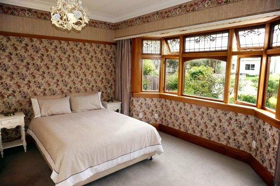 Gingerbread Lodge Bed & Breakfast: Queenroom
